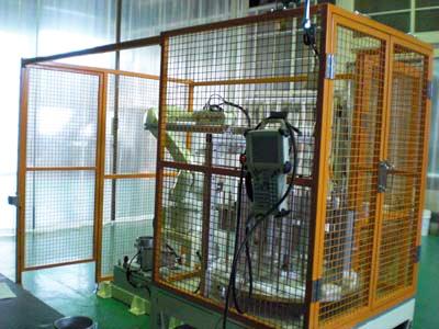ロボット式鋳物供給機